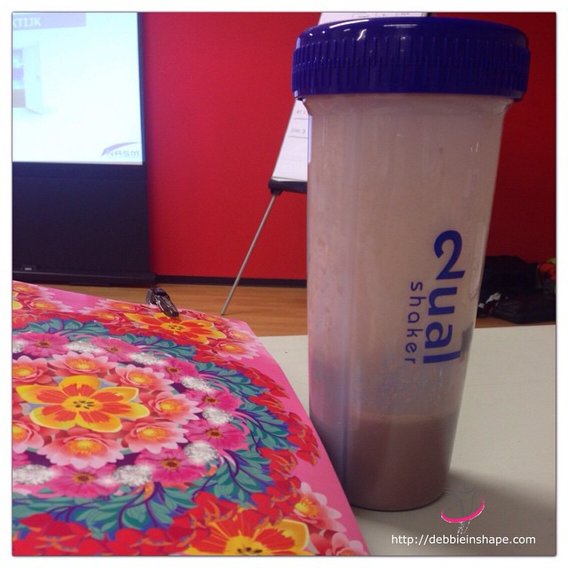 During a whole day in class, I like to have my Dual Shaker with me for an easy on the go snack. Have you got your Dual Shaker already?
