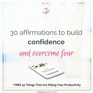 Affirmations to build confidence are an effective way to overcome fear. Check the list on the blog and start changing your mindset.