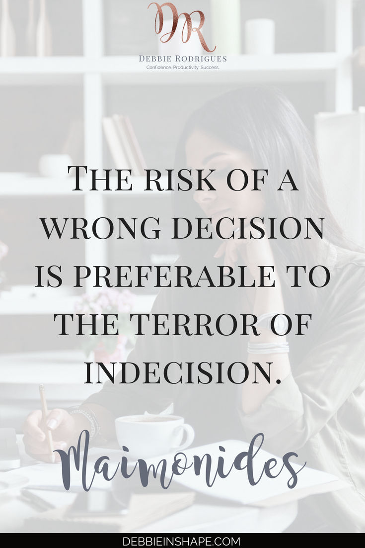 How to overcome the fear of making decisions with journaling. Discover how you can brainstorm solutions for your struggles and blocks one day at a time. Join the 52-Week Challend For A More Productive You for support, accountability, and motivation. #productivity #confidence #success #journaling #mentalhealth #quote