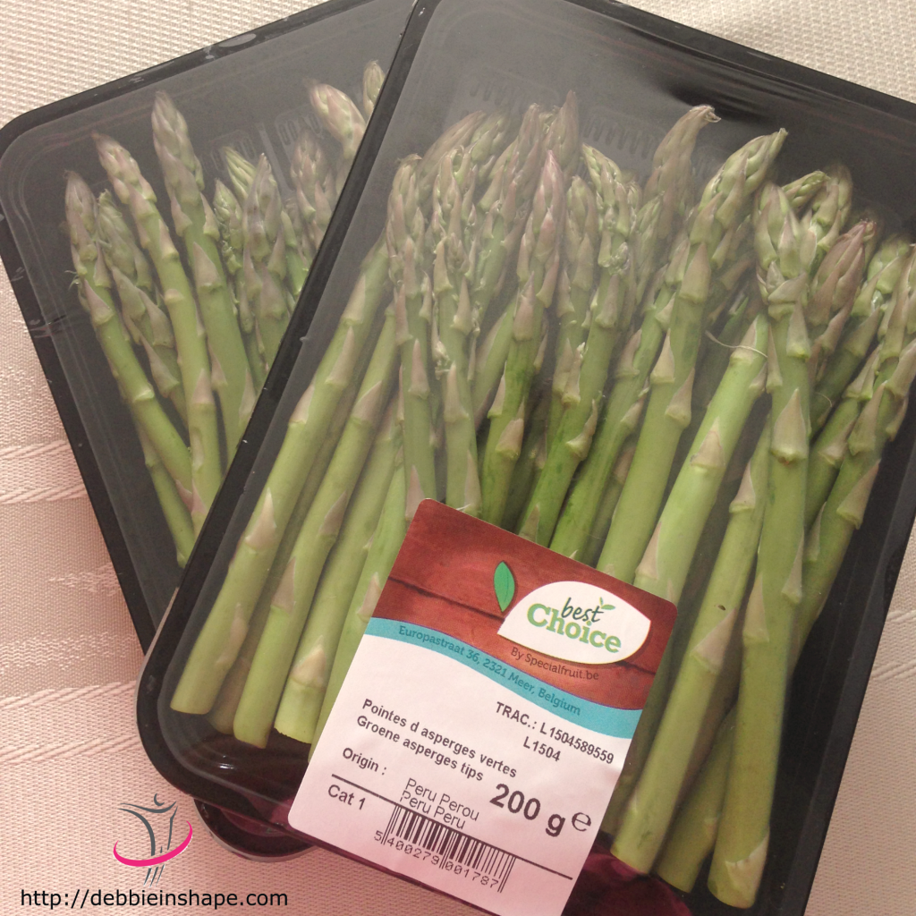 Asparagus are an excellent addition to any diet. They taste delicious and are excellent anti-inflammatory and anti-oxidant food.