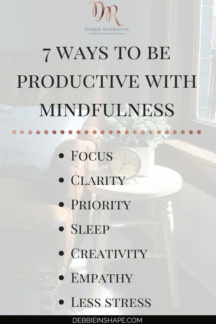 Learn how to gain clarity and set priorities with mindfulness. Discover how you can create space in your schedule for the things you love without feeling stressed and overwhelmed all the time. Join my FREE VIP Tribe today to access the tools and support system you need to become a better version of yourself. #productivity #confidence #success #journaling #mindfulness
