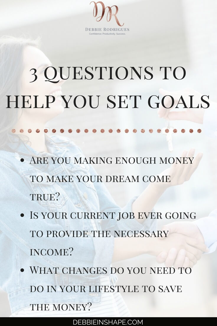 How to set fulfilling goals by defining success. Know yourself so that you can define objectives that are motivating enough to move you out of your comfort zone. Join the 52-Week Challenge For A More Productive You and get all the support and accountability you need. #productivity #confidence #success #goals